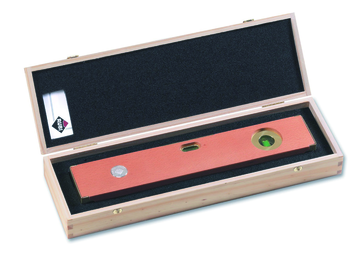 Collection Wooden Level by Rubi