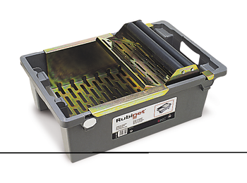 Tray with Drainer PLUS by Rubi